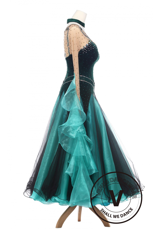 Forest Elf Queen Elegant Lady Standard Smooth Foxtron